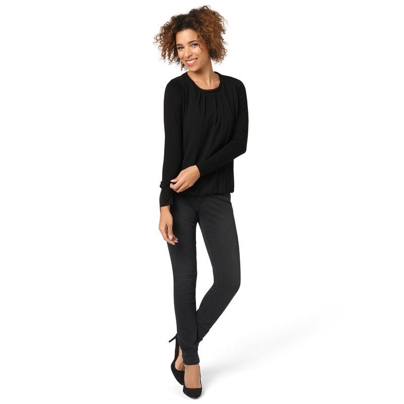 Jerseyshirt im Materialmix in black