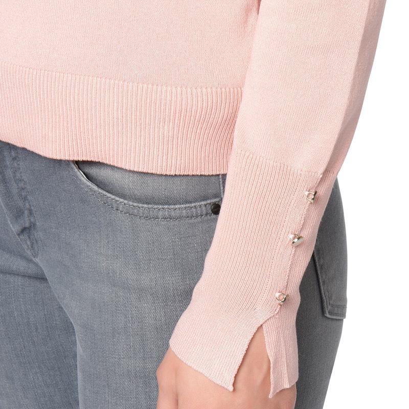 Strickjacke mit metallenen Knöpfen in rose parfait