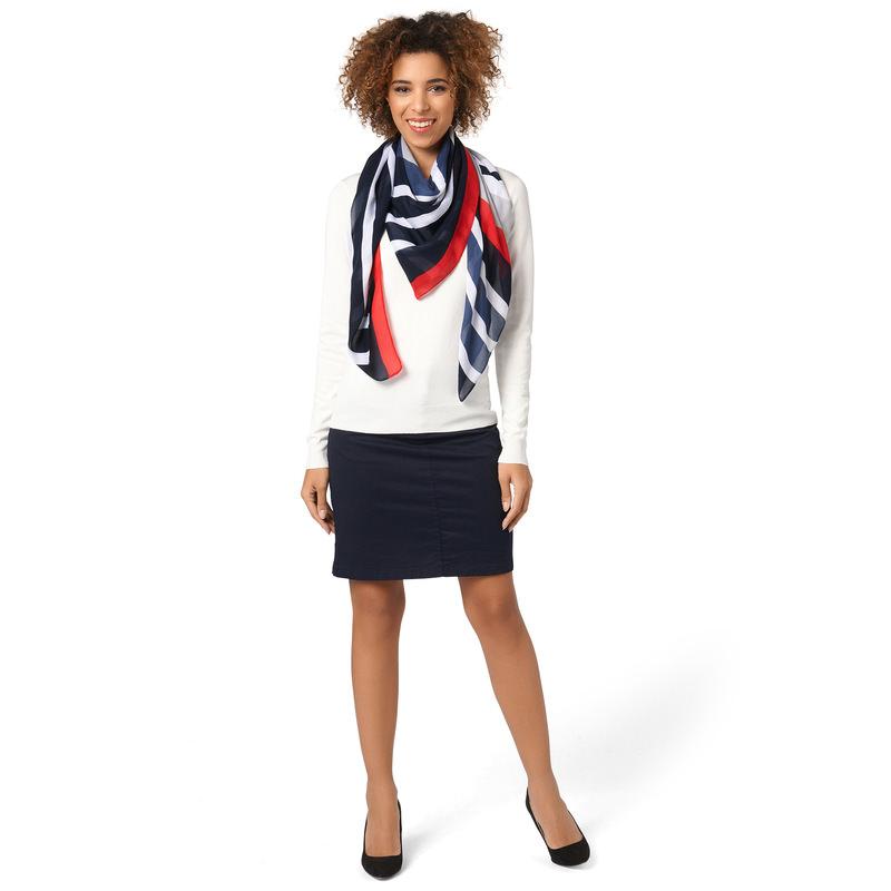 Pullover aus Feinstrick in offwhite