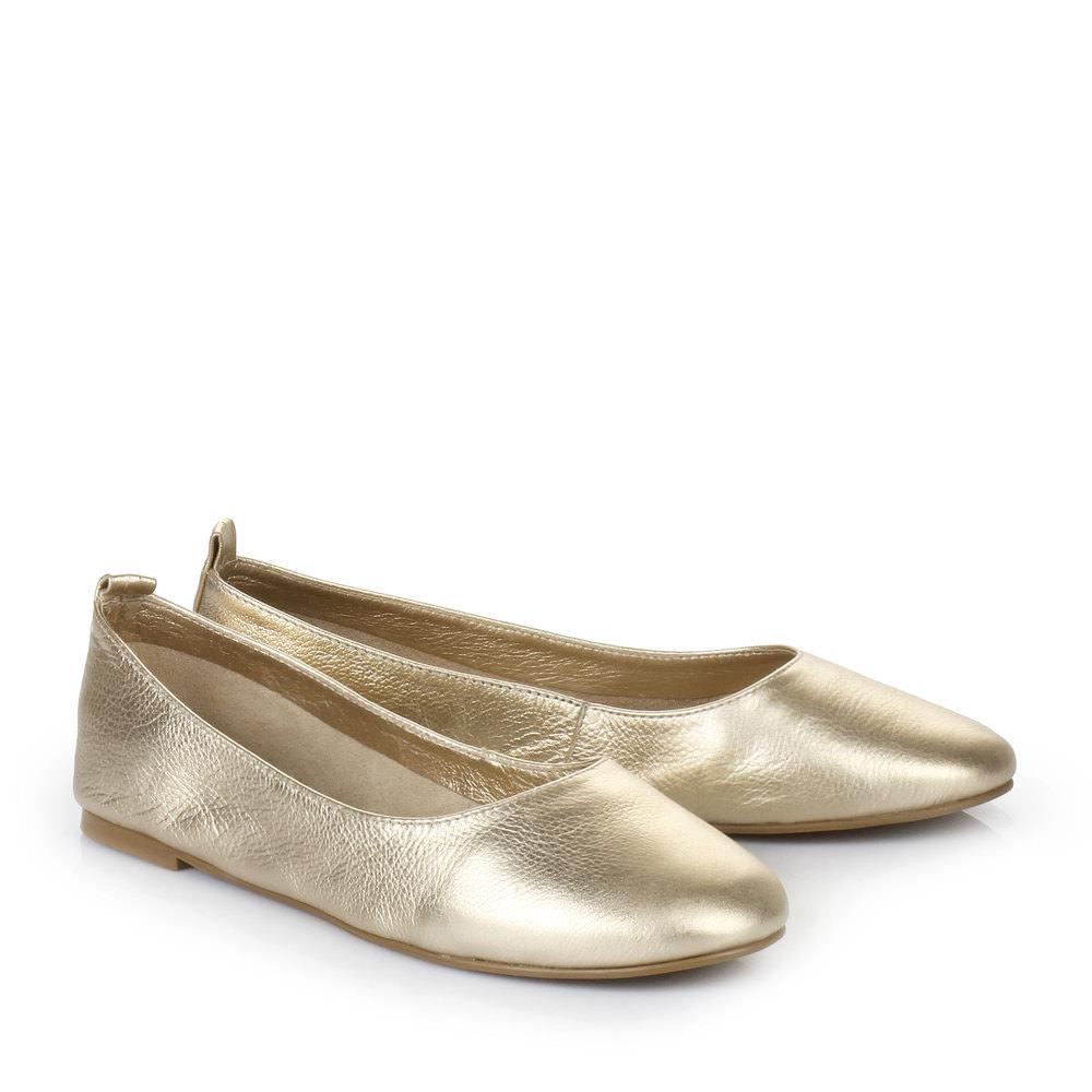Buffalo Ballerina in gold