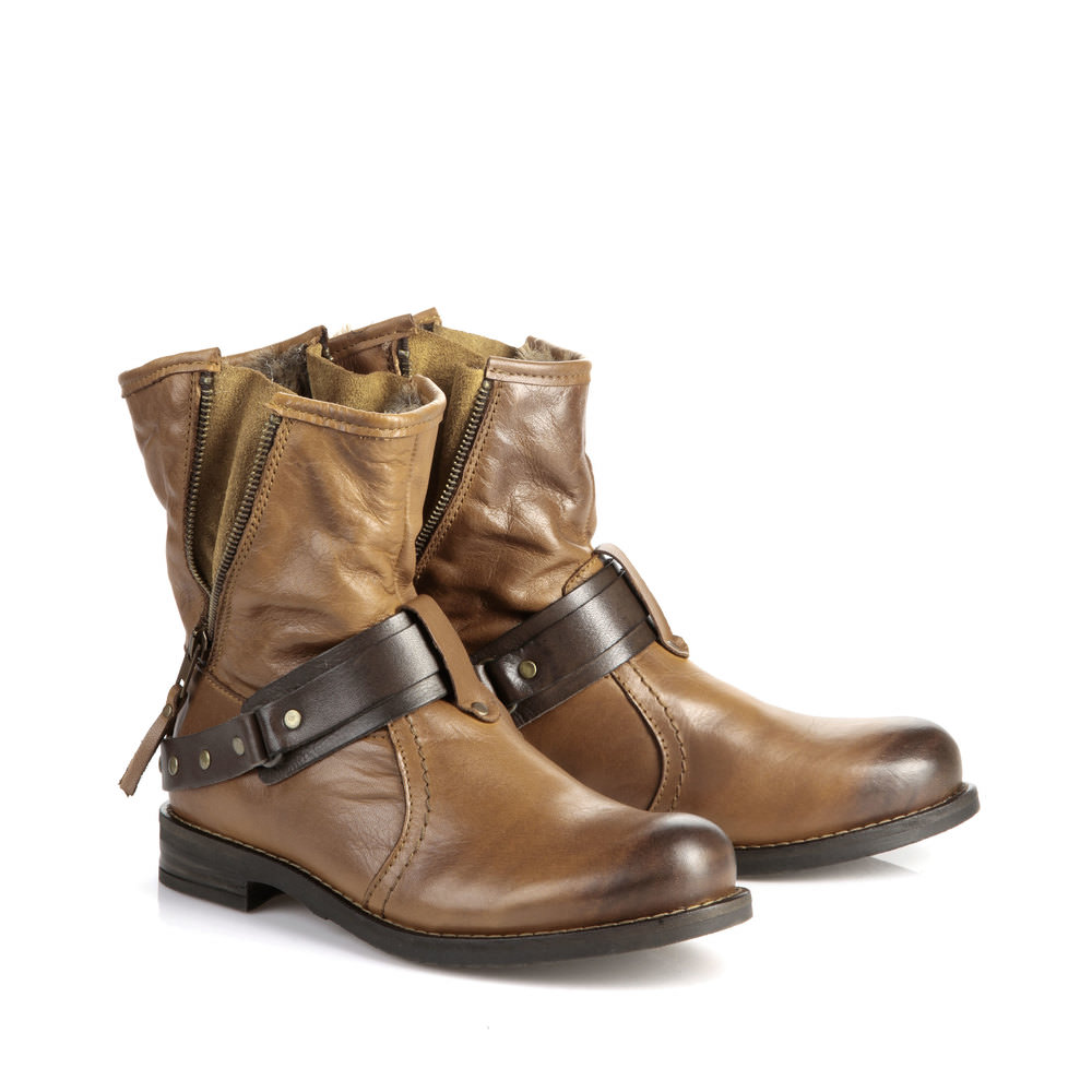 Gefütterte Buffalo Biker Booties in cognac