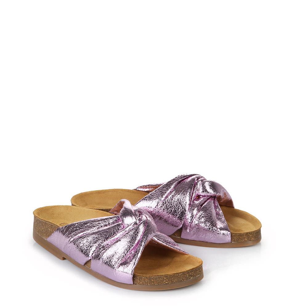 Pantolette in lila