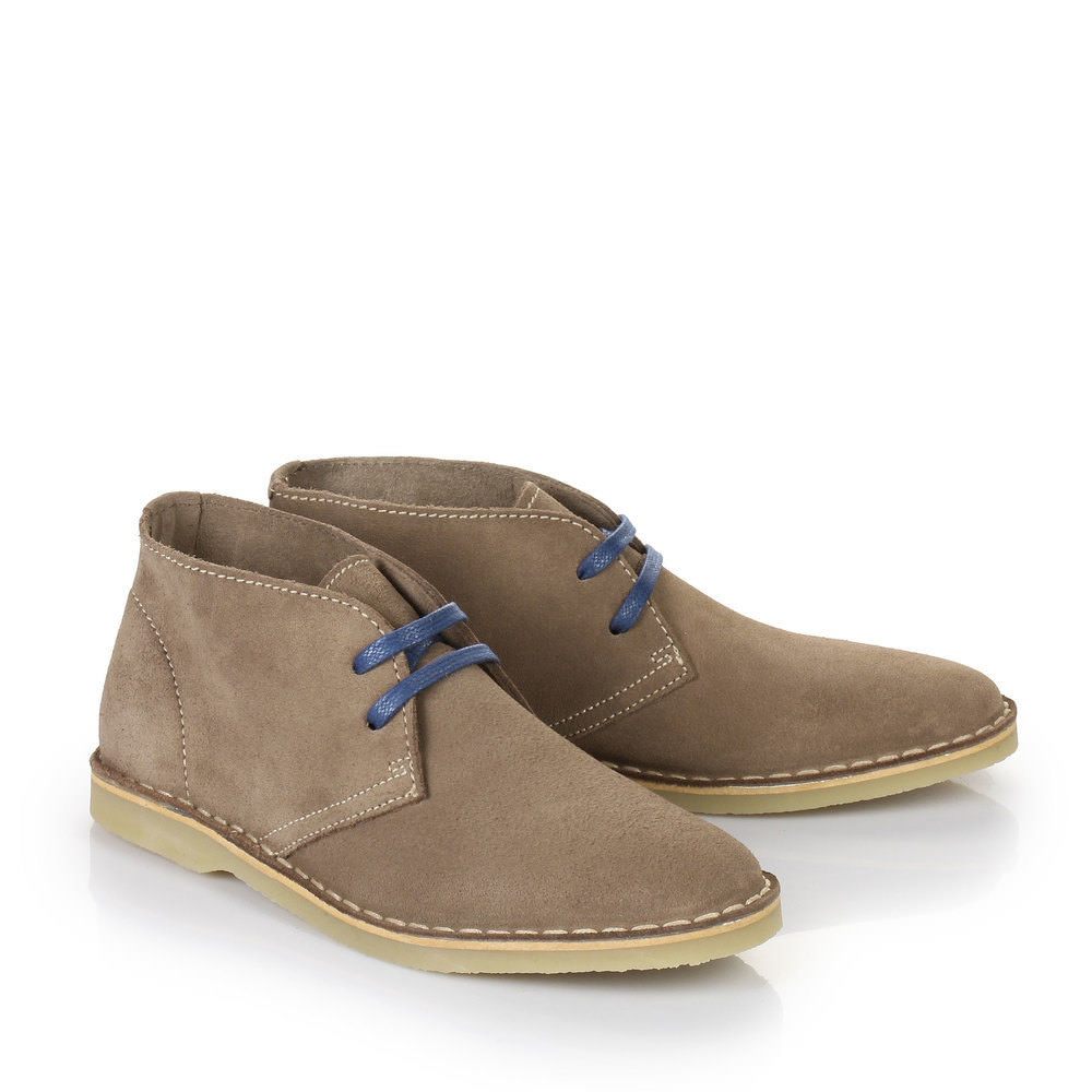 Buffalo Desert Boots in taupe
