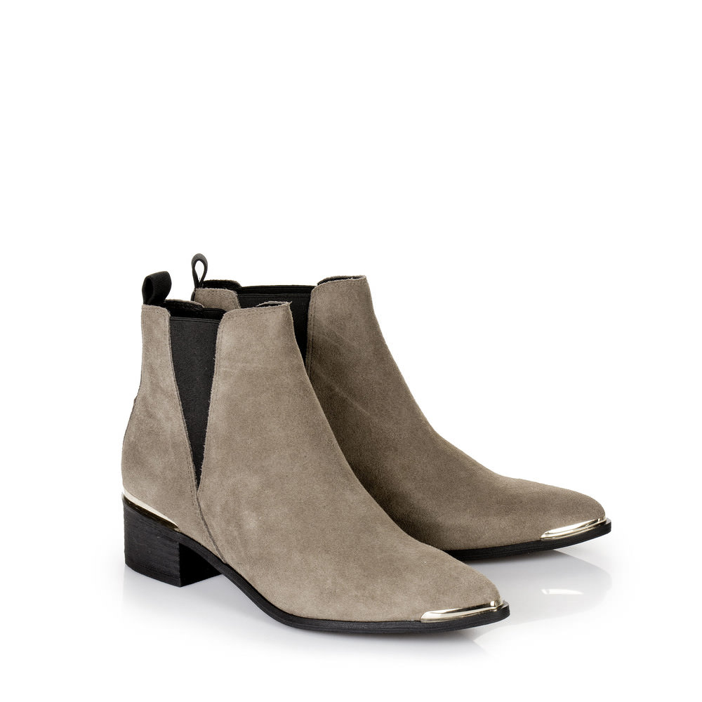 Flache Chelsea Booties in taupe