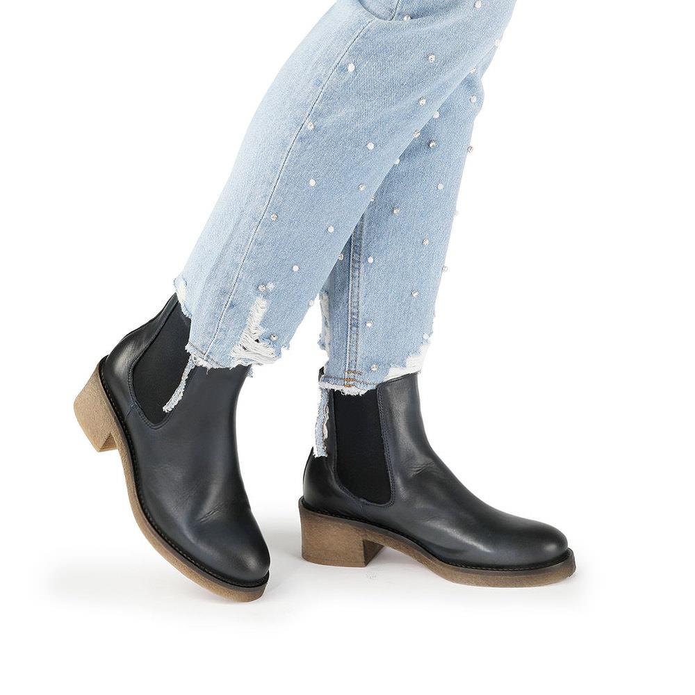 Guteborn Angebote Buffalo Chelsea-Boots in dunkelblau mit hellbrauner Sohle