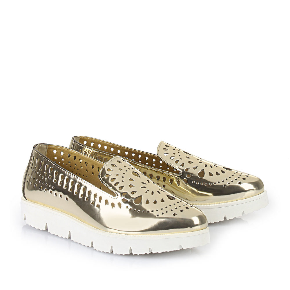 Buffalo Slip On in gold