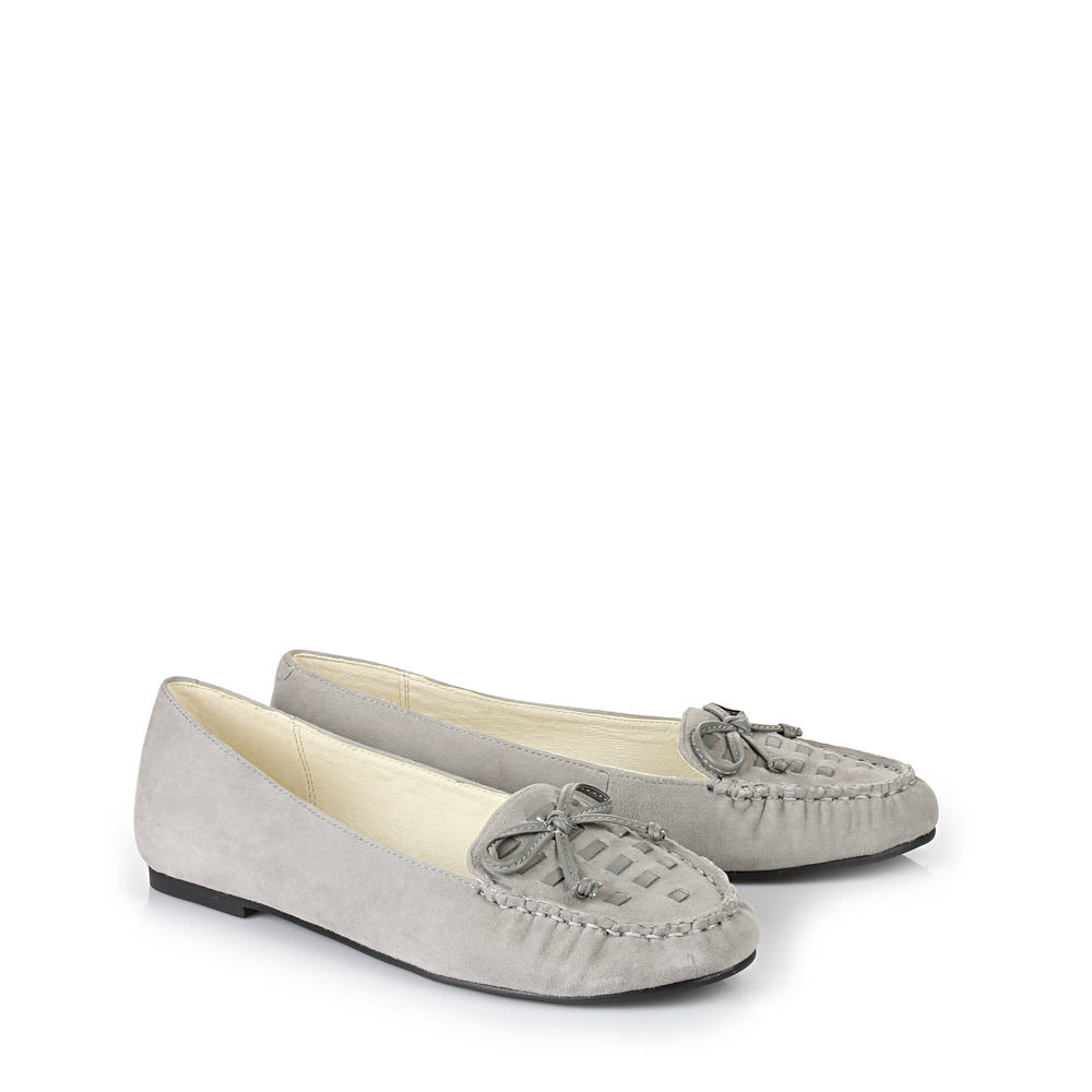 Buffalo Loafer in grau