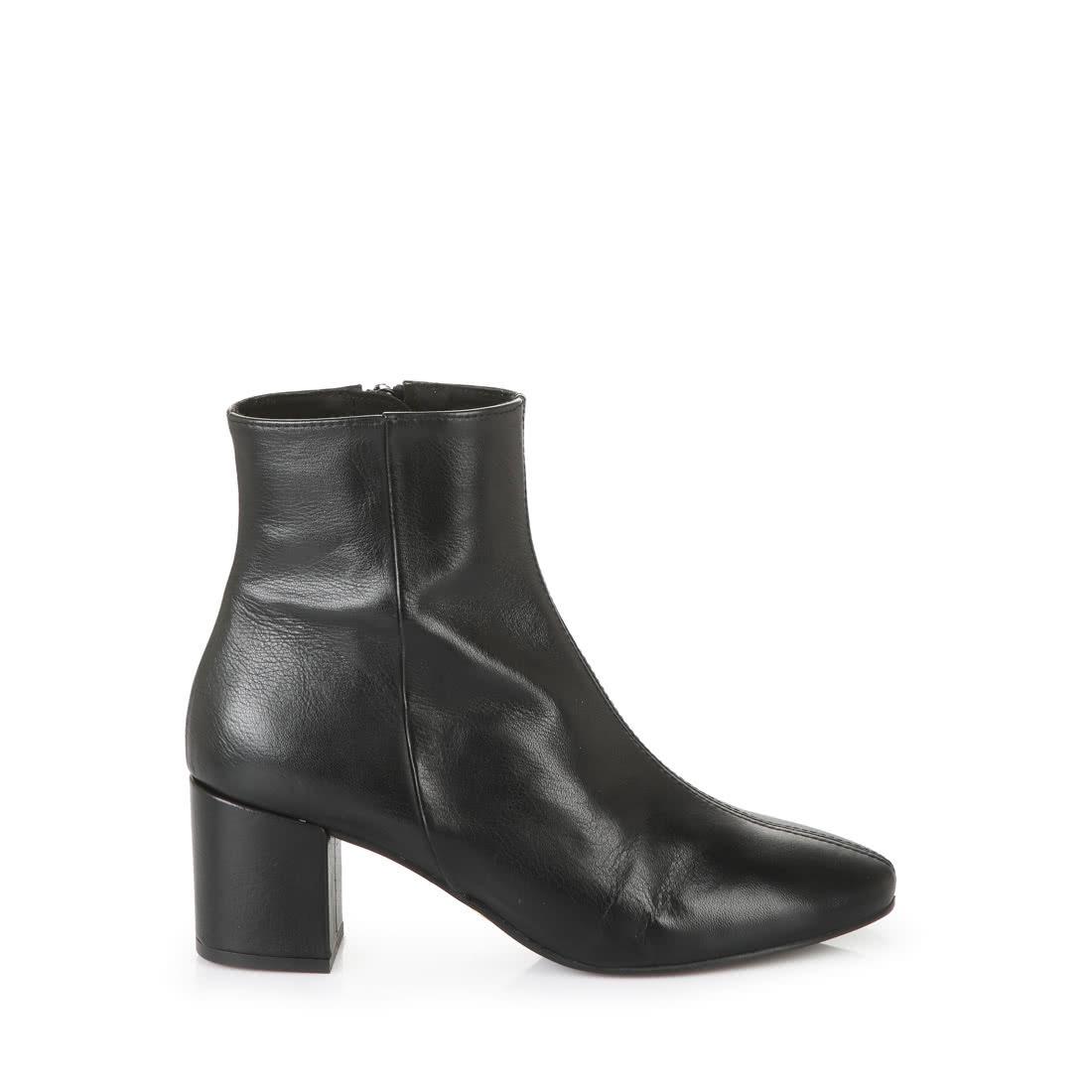 Buffalo Block Heel Ankle Boots In Black Buy Online In