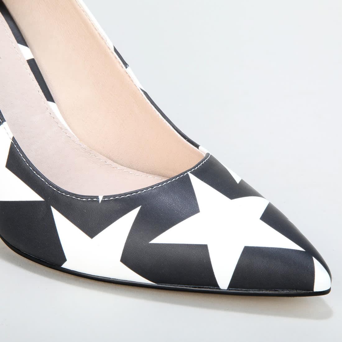 56cac3ff6556e Amina Escarpin Party motif étoiles noir-blanc acheter à BUFFALO en ...