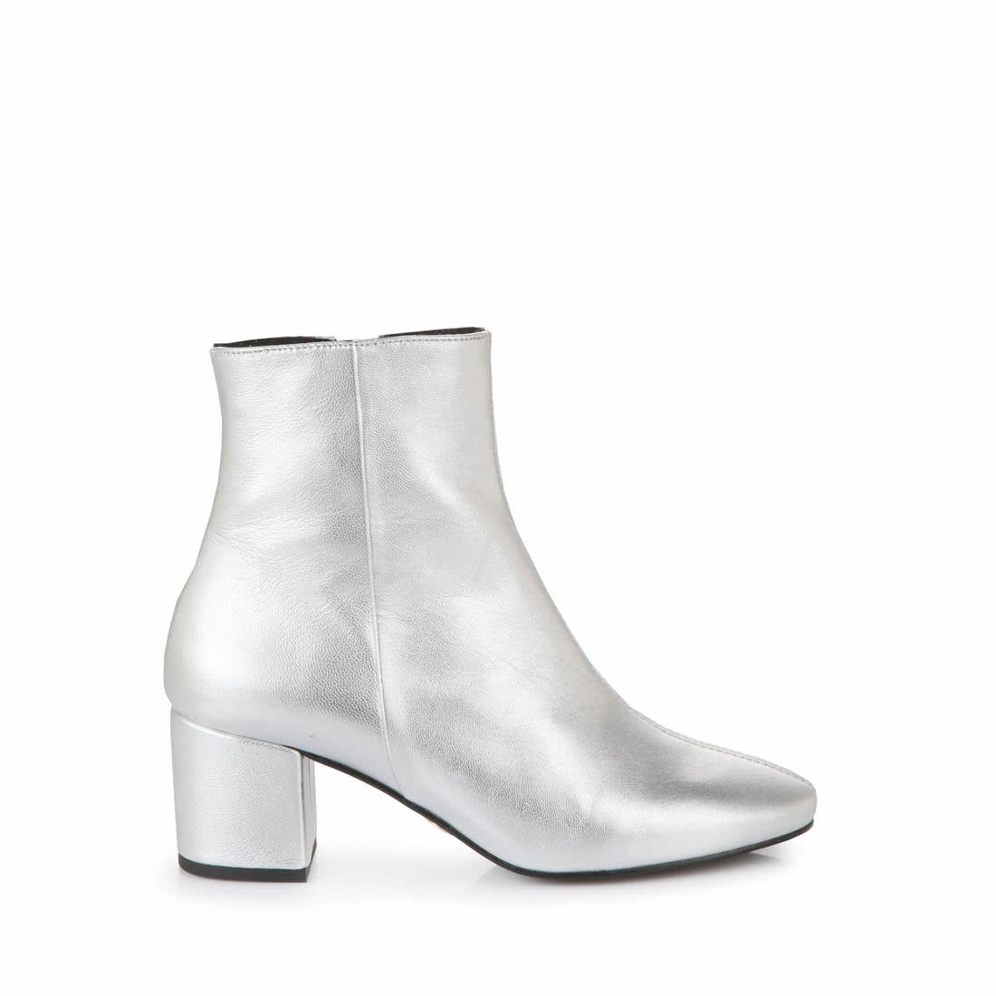 reputable site a48a0 ada07 Buffalo ankle boots in metallic silver buy online in BUFFALO ...
