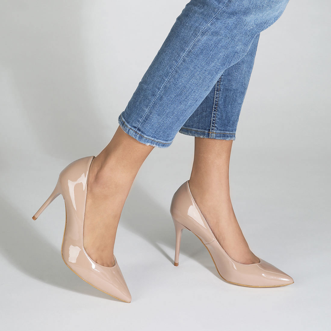 Buffalo heels in nude buy online in BUFFALO Online-Shop | BUFFALO®
