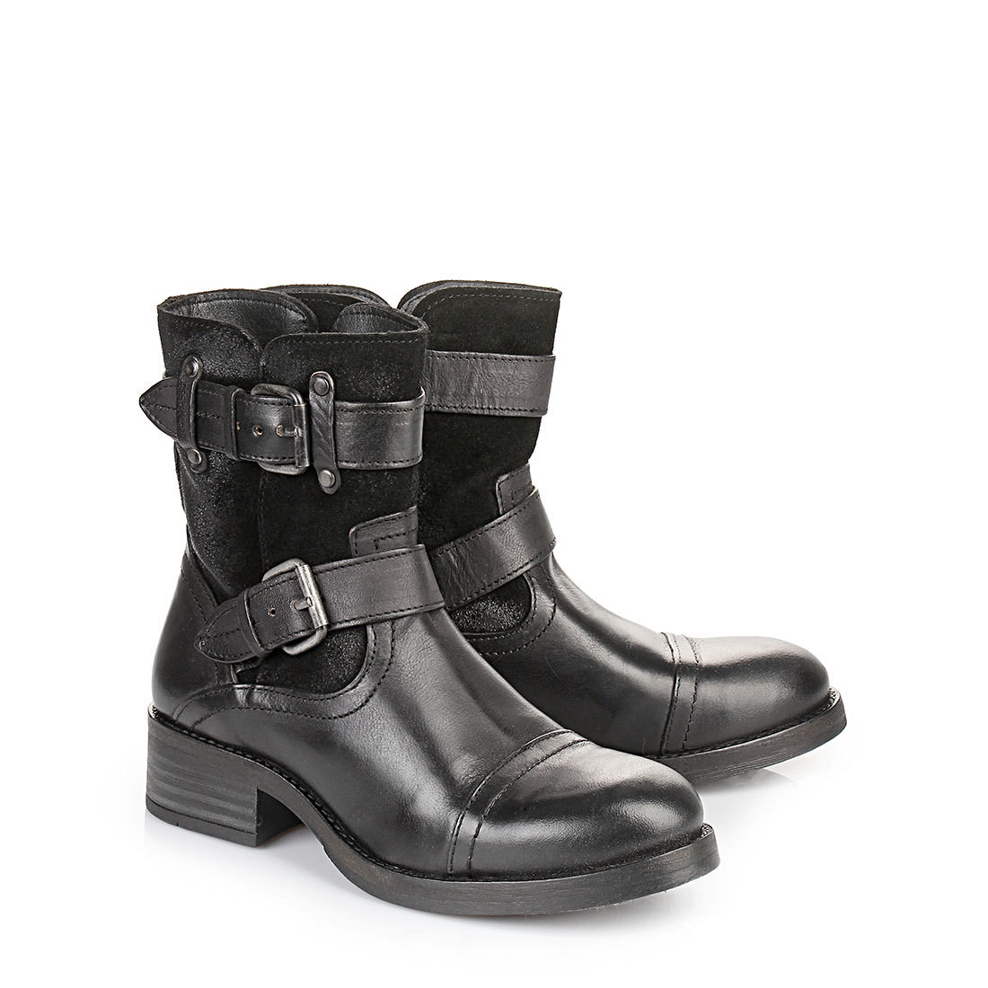 buffalo biker boots in schwarz aus leder und veloursleder. Black Bedroom Furniture Sets. Home Design Ideas
