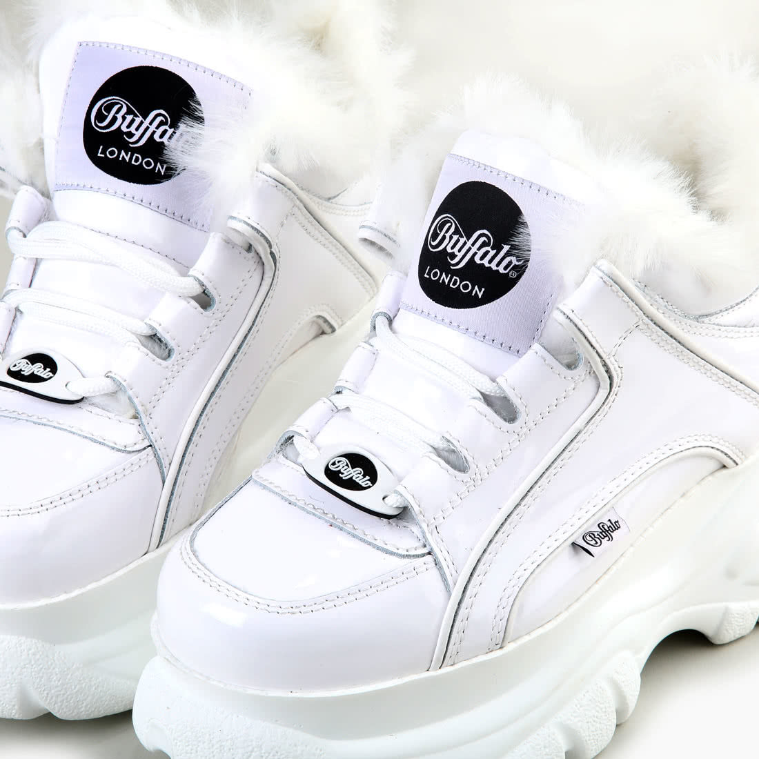 Buffalo Classic Chunky Sneaker Patent Leather White buy