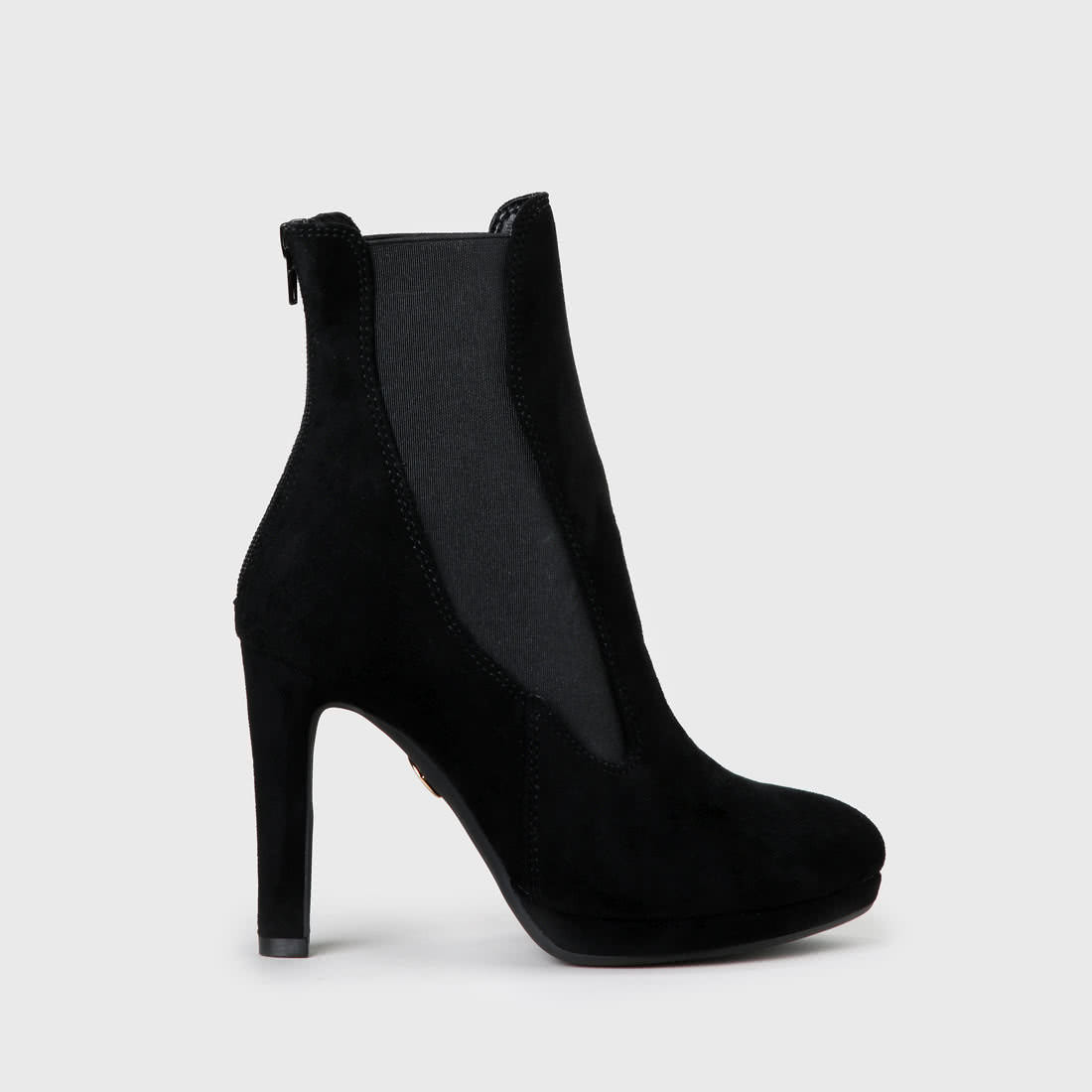 35db0db6107 Feena Chelsea Boot black faux leather