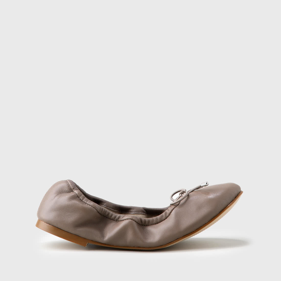 d5092587a380 Amalia ballet flats taupe nappa leather buy online in BUFFALO Online ...