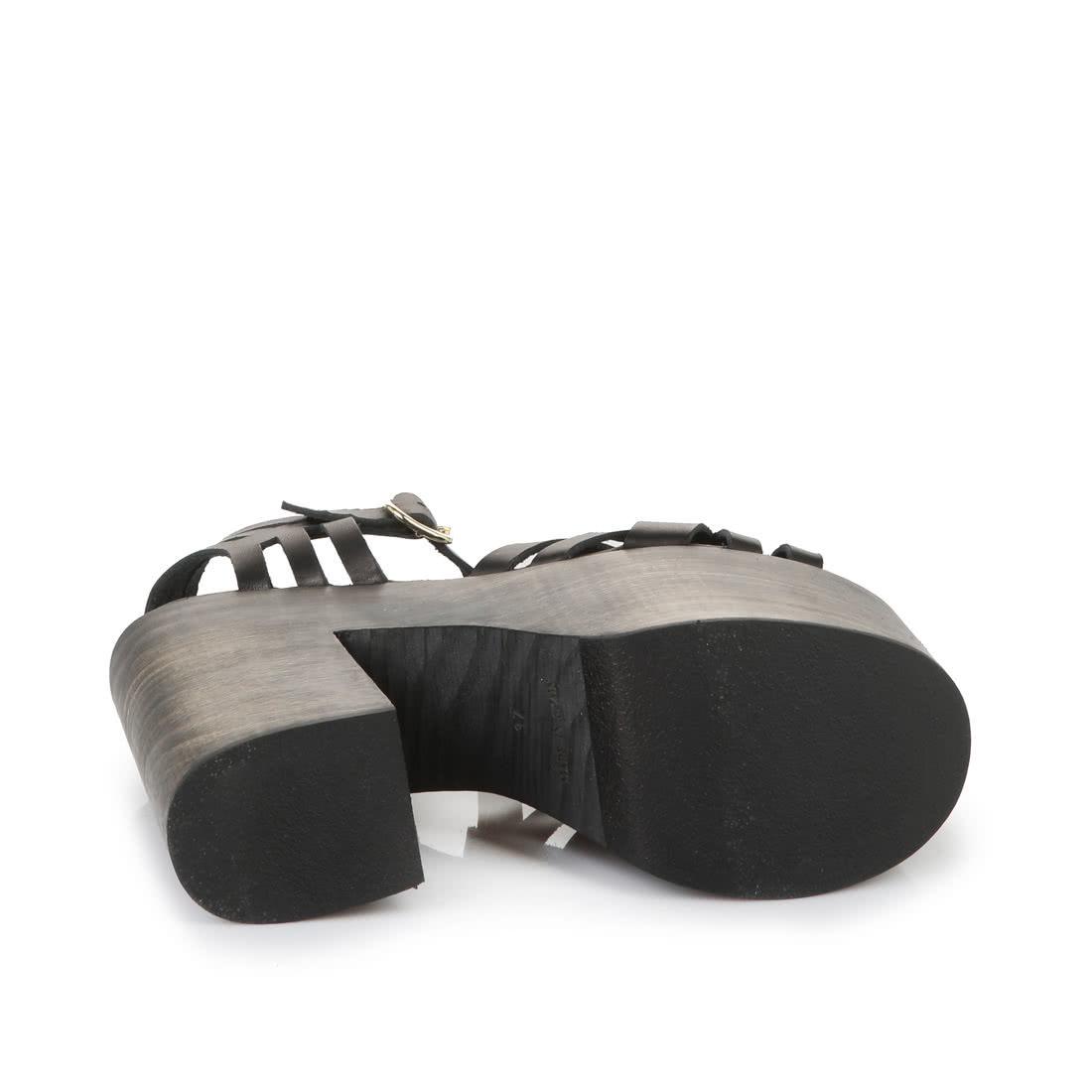 Buffalo Platform Sandals In Black Buy Online In Buffalo