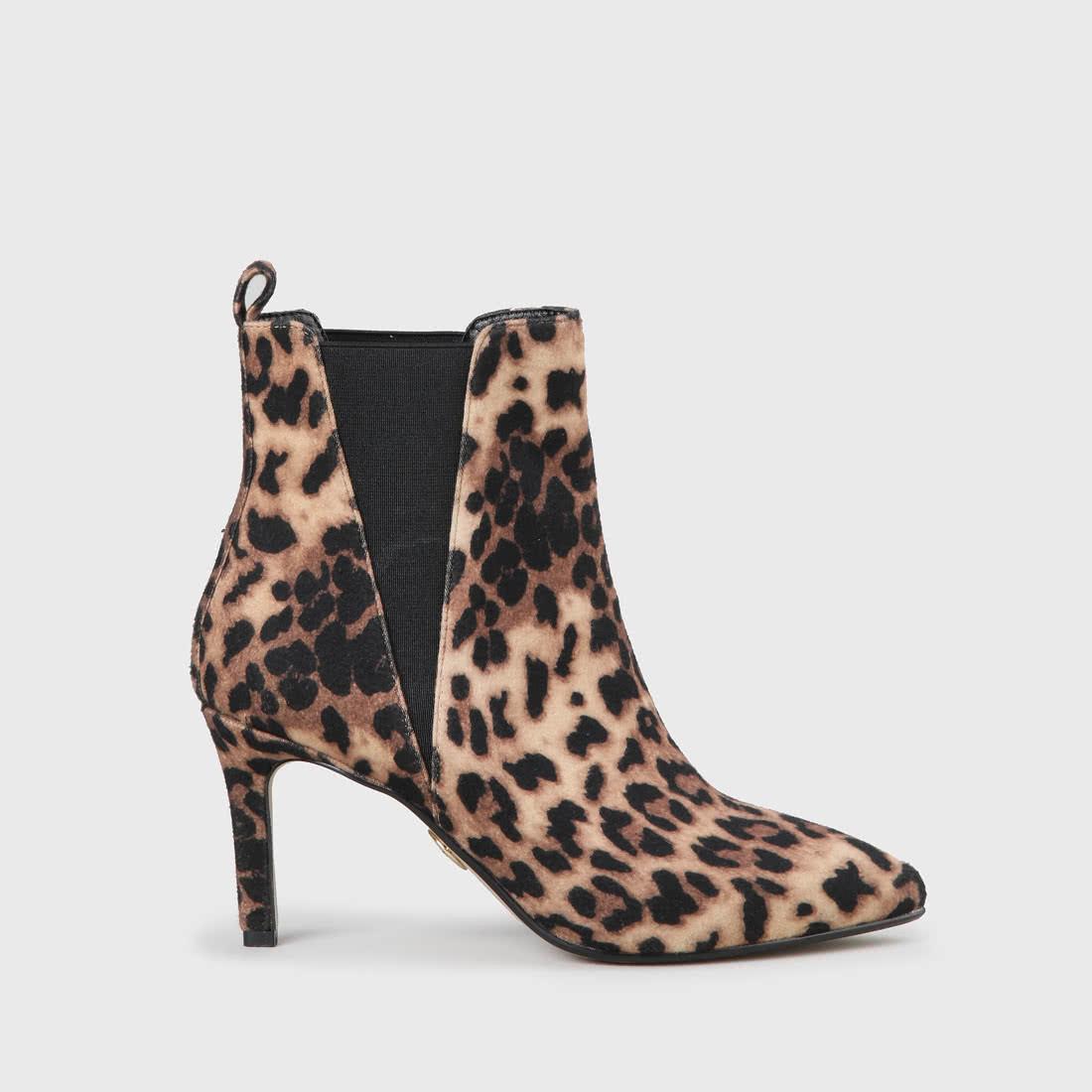 b5870ad7a6 Faya Chelsea Boot leopard print