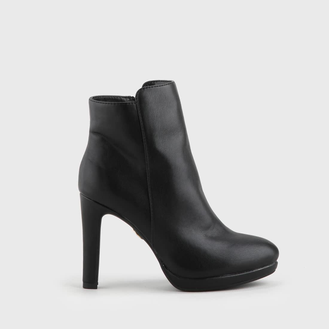 buffalo ankle boot ziernaht schwarz online kaufen buffalo. Black Bedroom Furniture Sets. Home Design Ideas