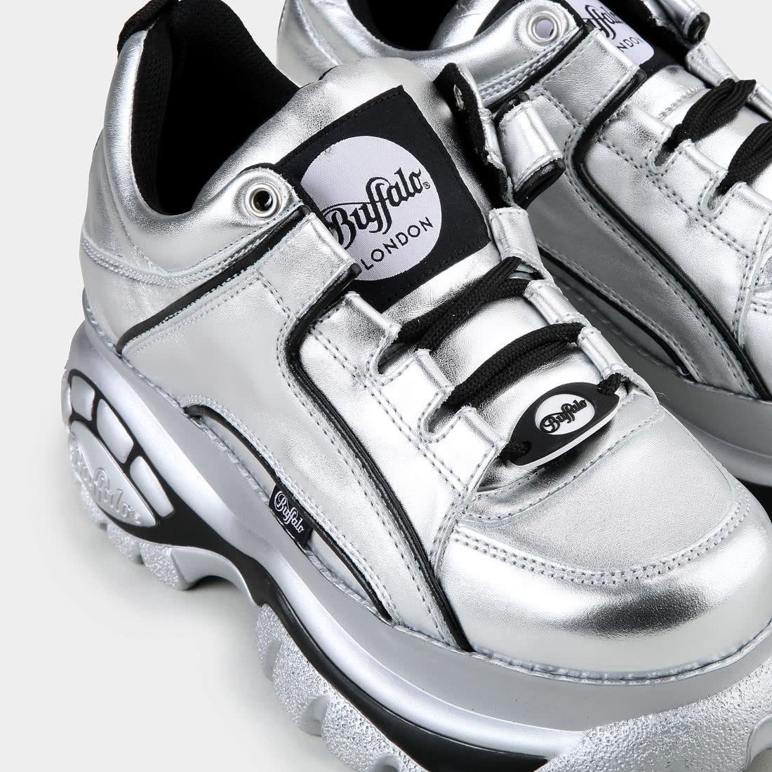 the best attitude 2202f bc31d Buffalo Classic Plateau-Sneaker aus Leder Silber