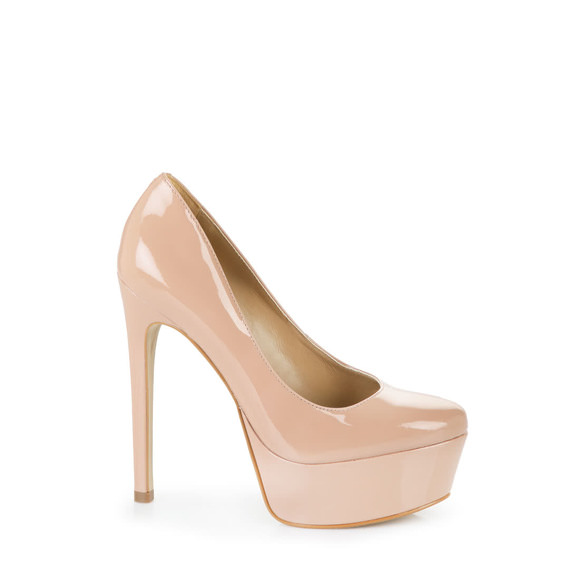 48e1312a29c5 Buffalo heels with platform toe in nude-coloured patent leather buy online  in BUFFALO Online-Shop