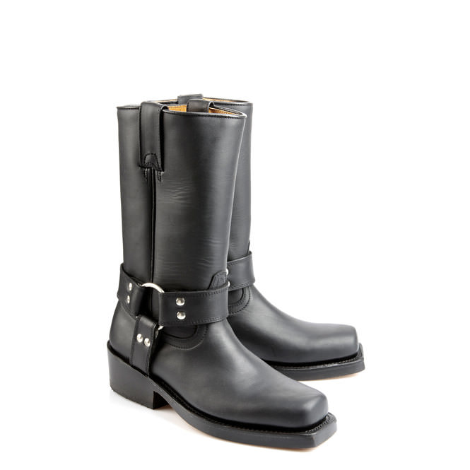 buffalo biker boots aus schwarzem leder mit nieten online. Black Bedroom Furniture Sets. Home Design Ideas