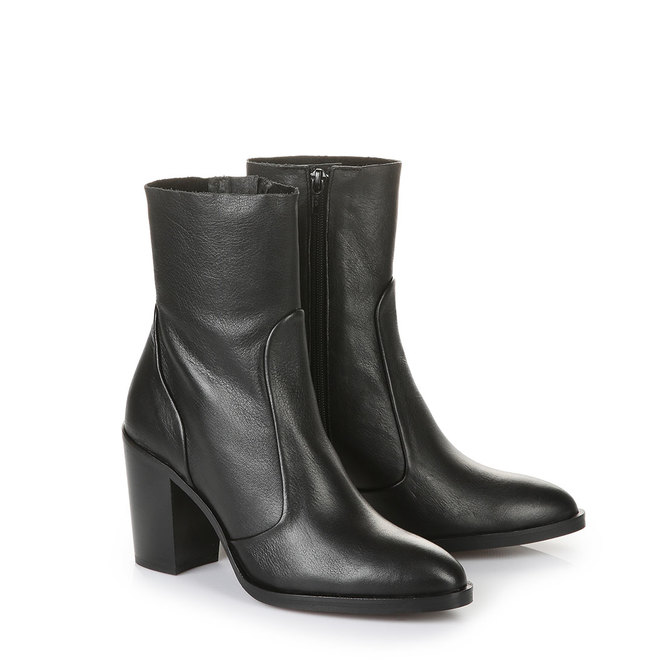 buffalo narrow shaft ankle boots in black buy in