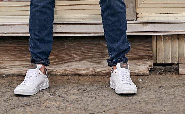 riesige Auswahl an d23b9 a1412 Herren Schuhe: Sportlich & elegant | emilioadani.com