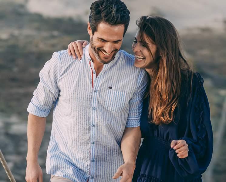 Senioren-lässige Datingprofil lengkap emain dating agency cyrano
