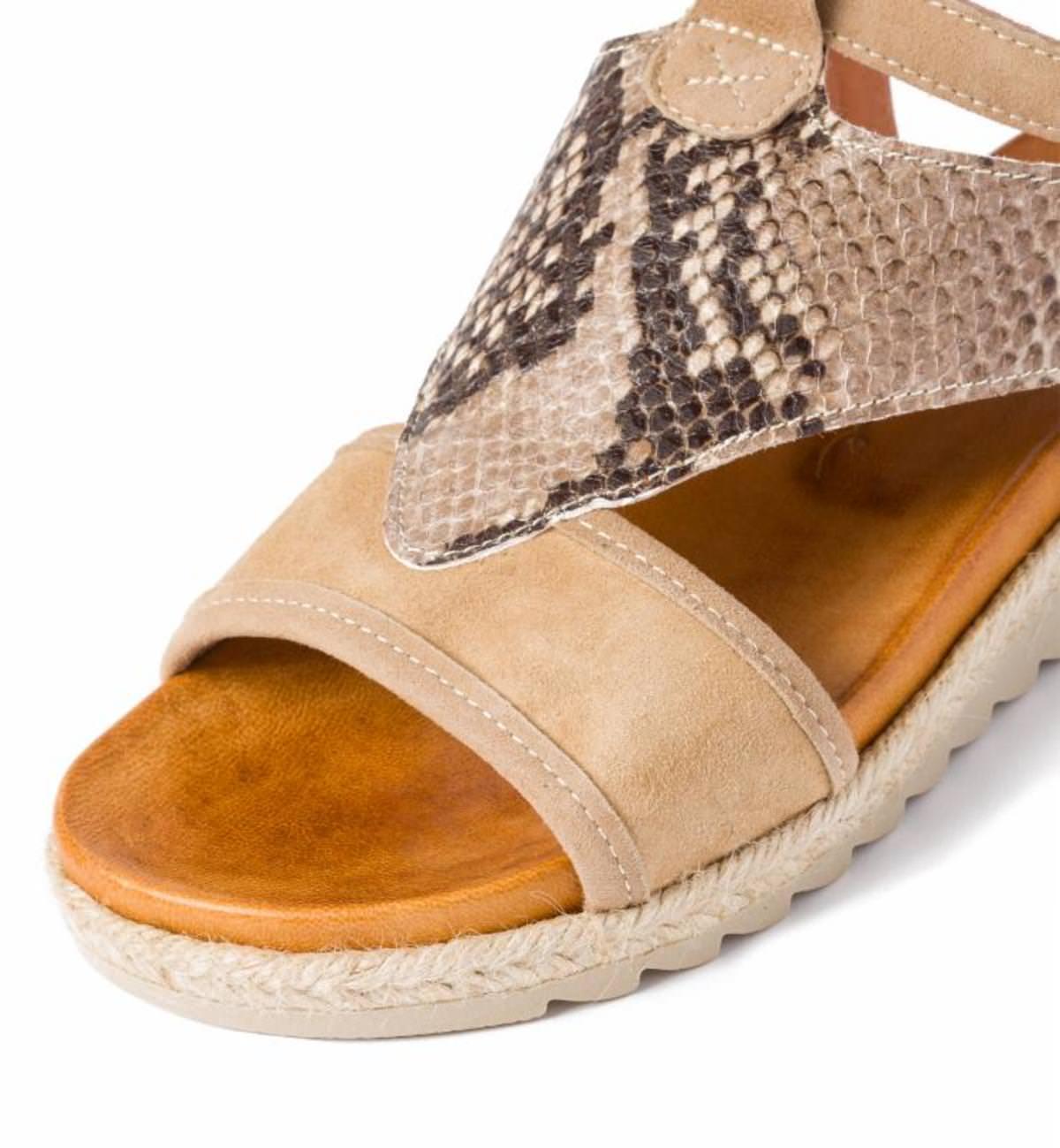 Sandale mit Kroko-Leder Beige LaShoe 0T9zC1tI