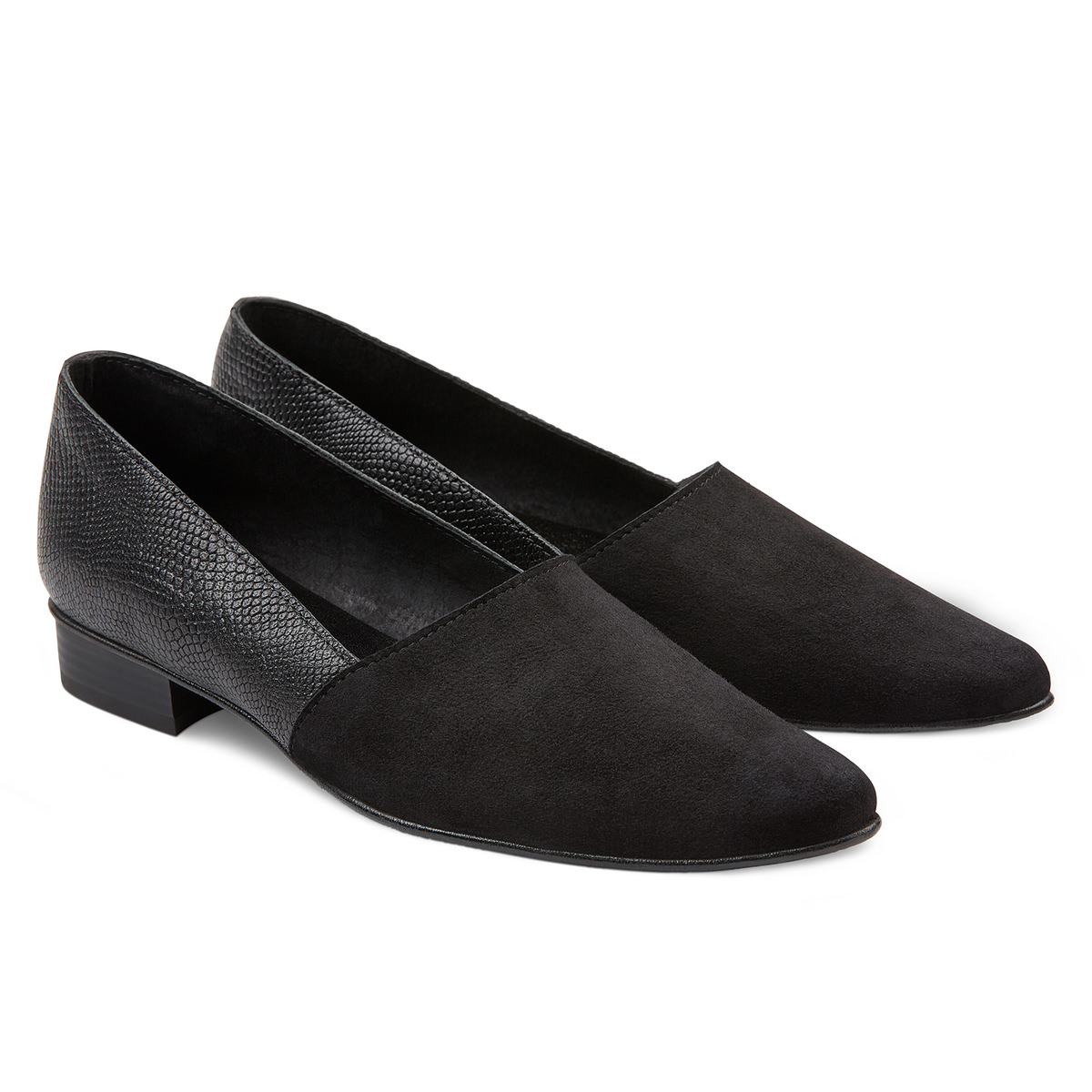 Slipper Almond-Shape Schwarz