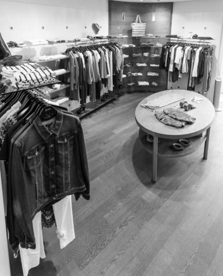 Jones Shop in Store Moriggl Moden