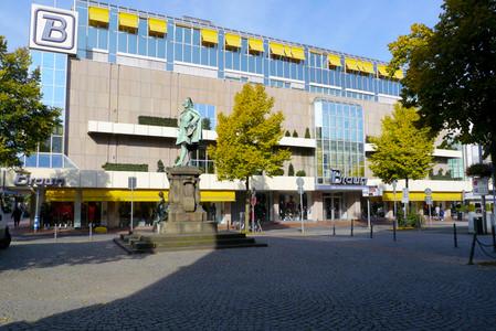 Schuhhaus Rudolf Braun in Moers | SABU.de