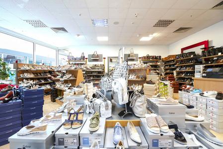 Schuh Und Lederwaren Im Riesapark In Riesa Sabude
