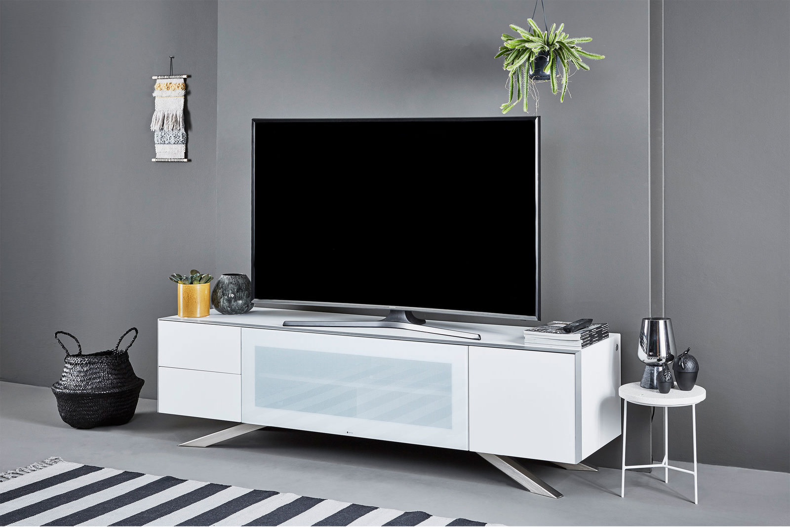 tv lowboard online entdecken schaffrath ihr m belhaus. Black Bedroom Furniture Sets. Home Design Ideas