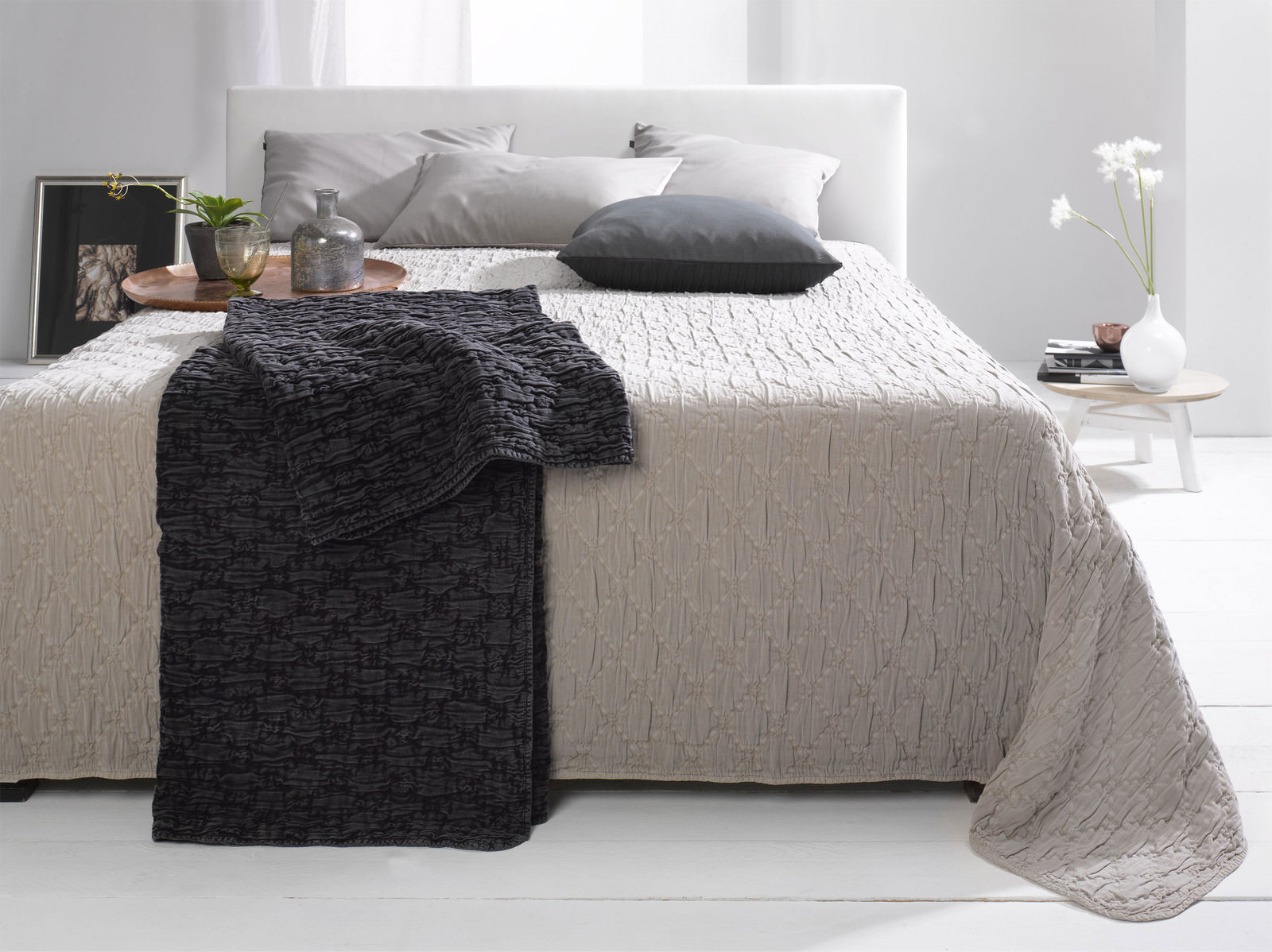 casa nova tagesdecke steppoptik online entdecken. Black Bedroom Furniture Sets. Home Design Ideas