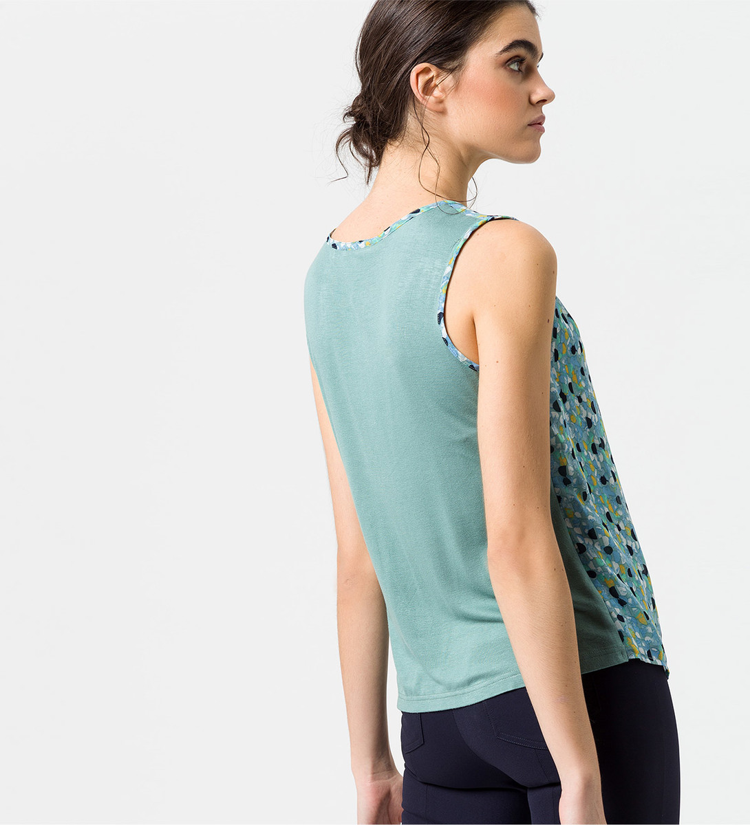 Bluse mit Alloverprint in dusk jade