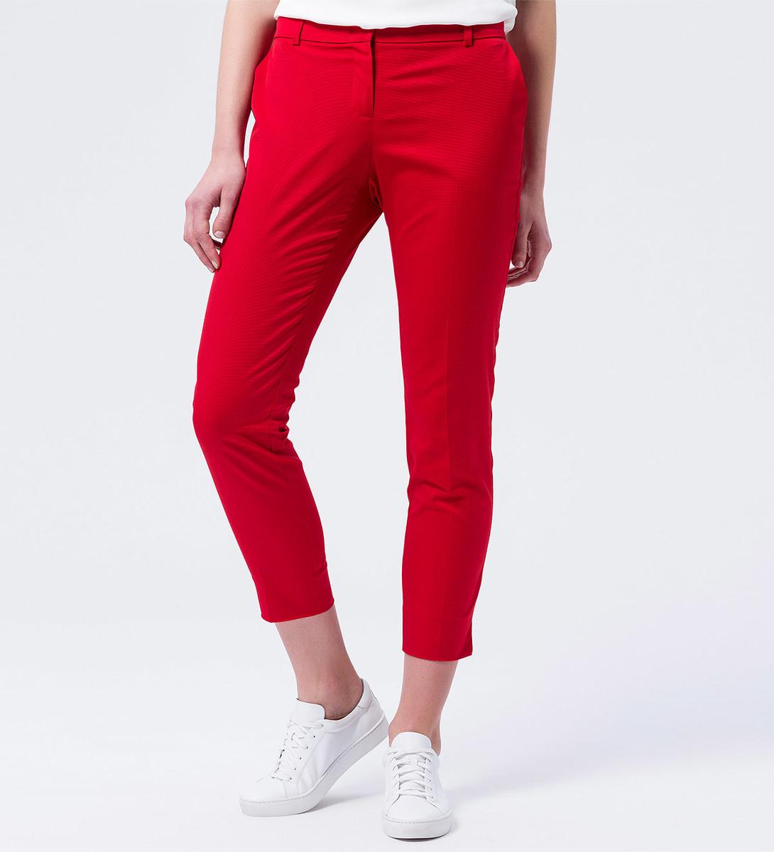 Hose mit strukturierter Oberfläche 28 Inch in chili red