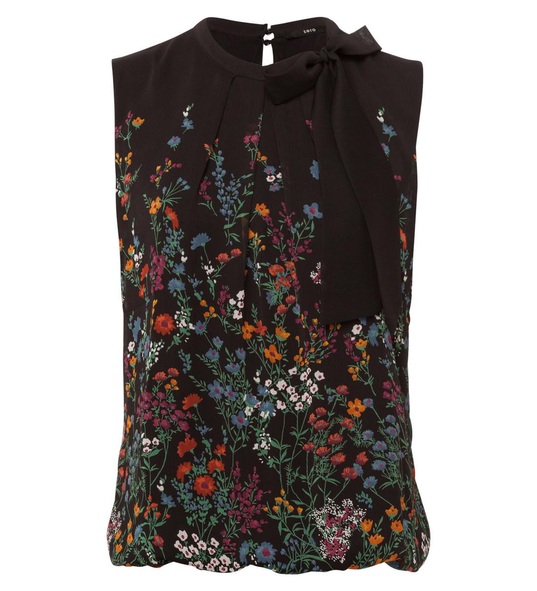 Bluse im floralen Design in black