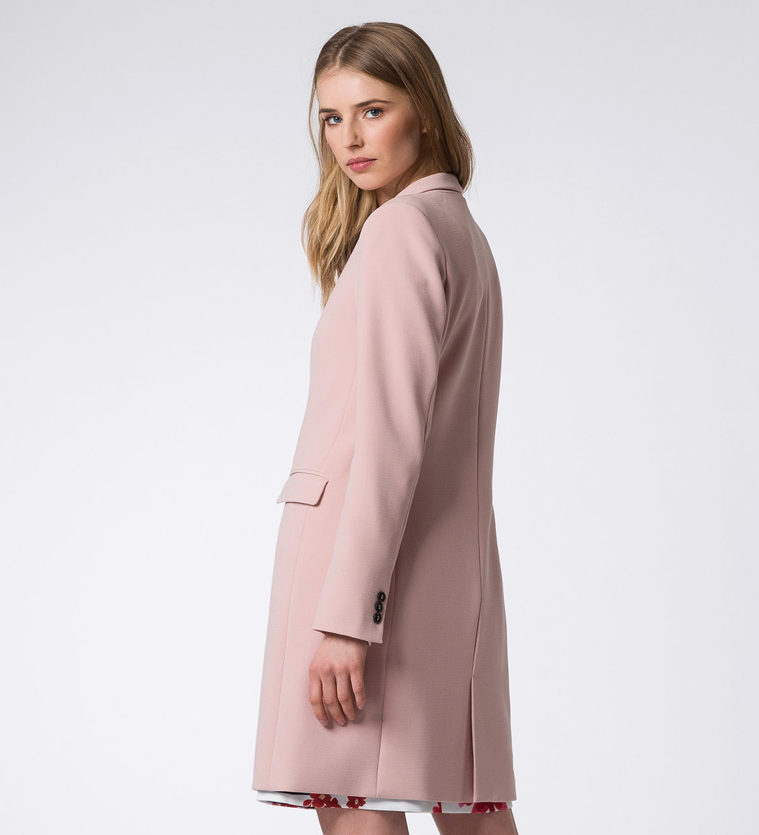 Jacke mit Kontrastknöpfen in rose parfait