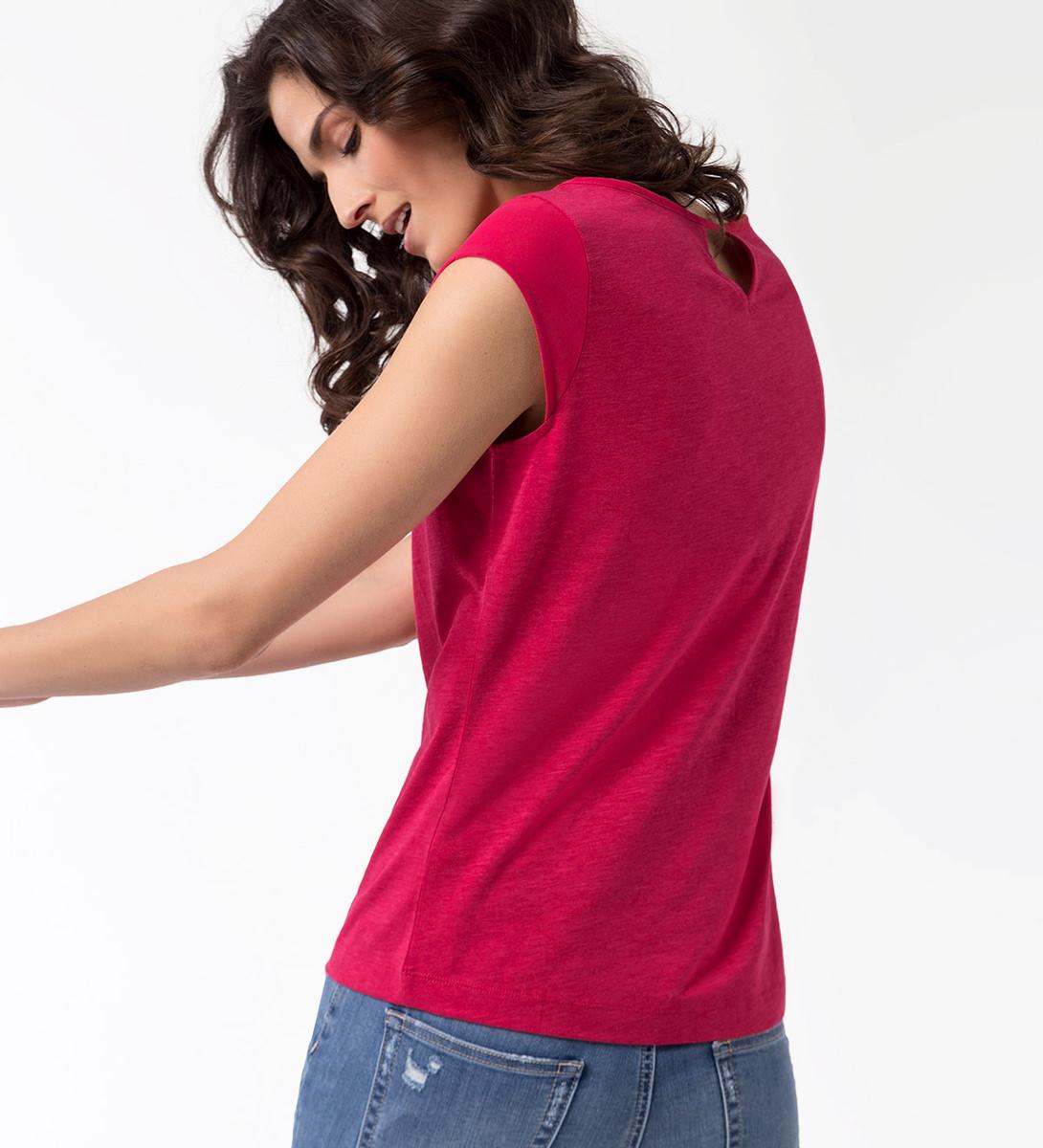 T-Shirt mit Cap-Ärmeln in bright pink