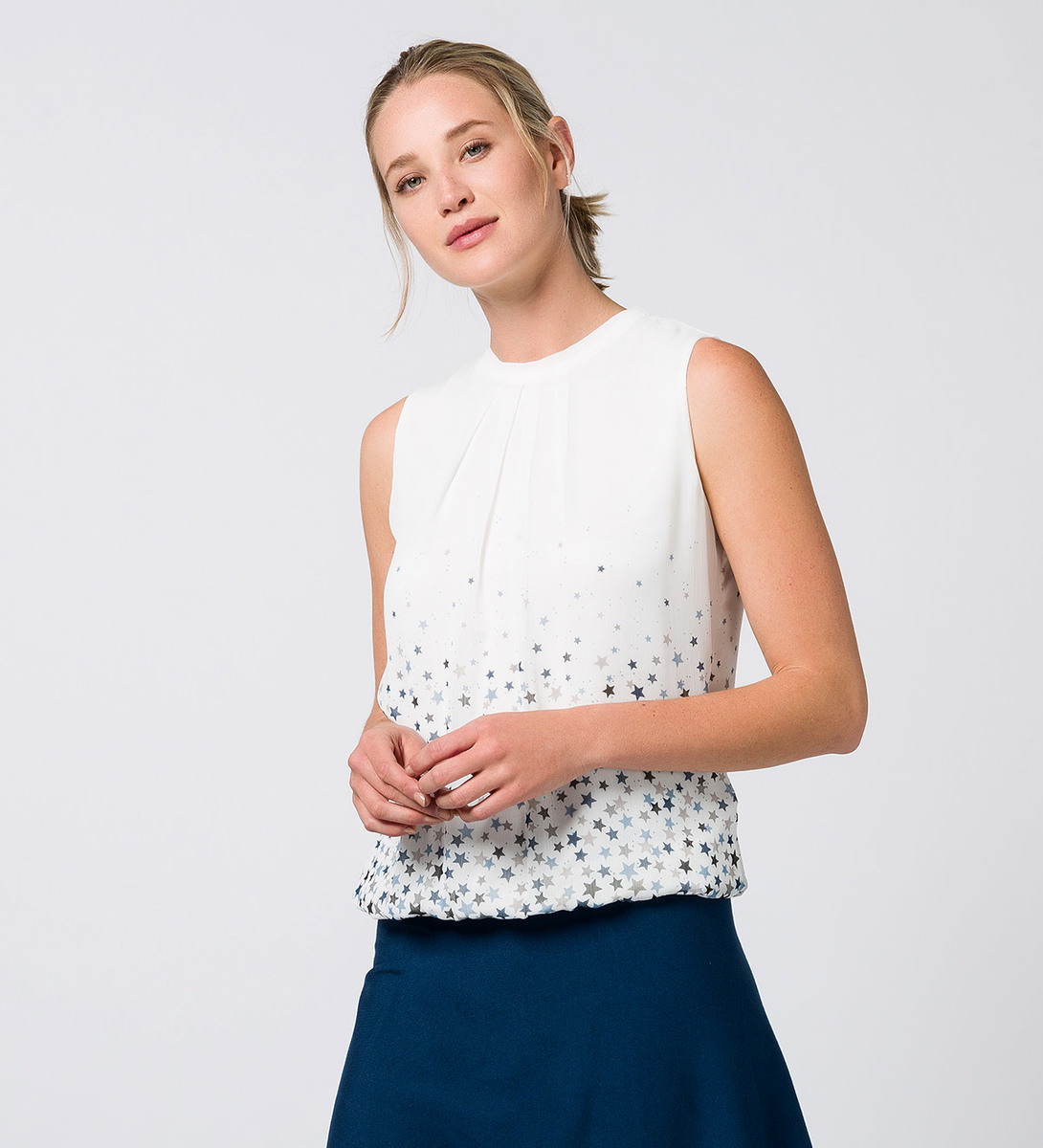 Bluse mit Sternenmuster in offwhite