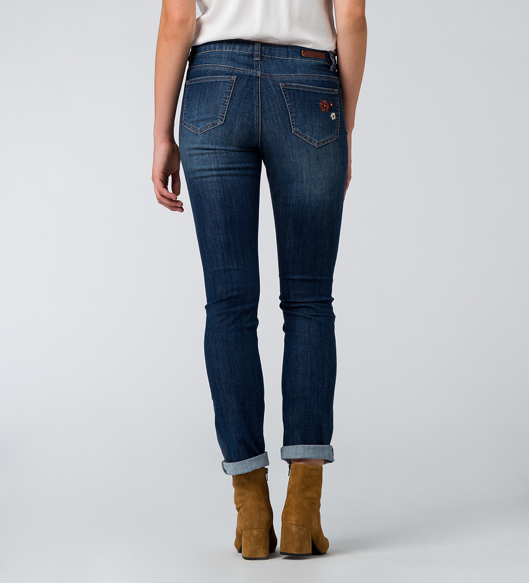 Jeans Orlando 32 Inch in mid blue embroidery