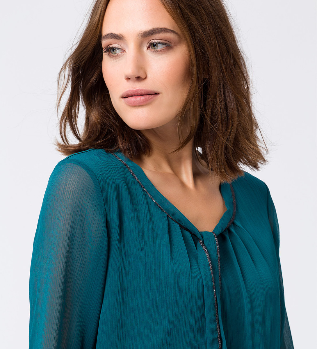 Bluse in weich fließender Qualität in dark teal