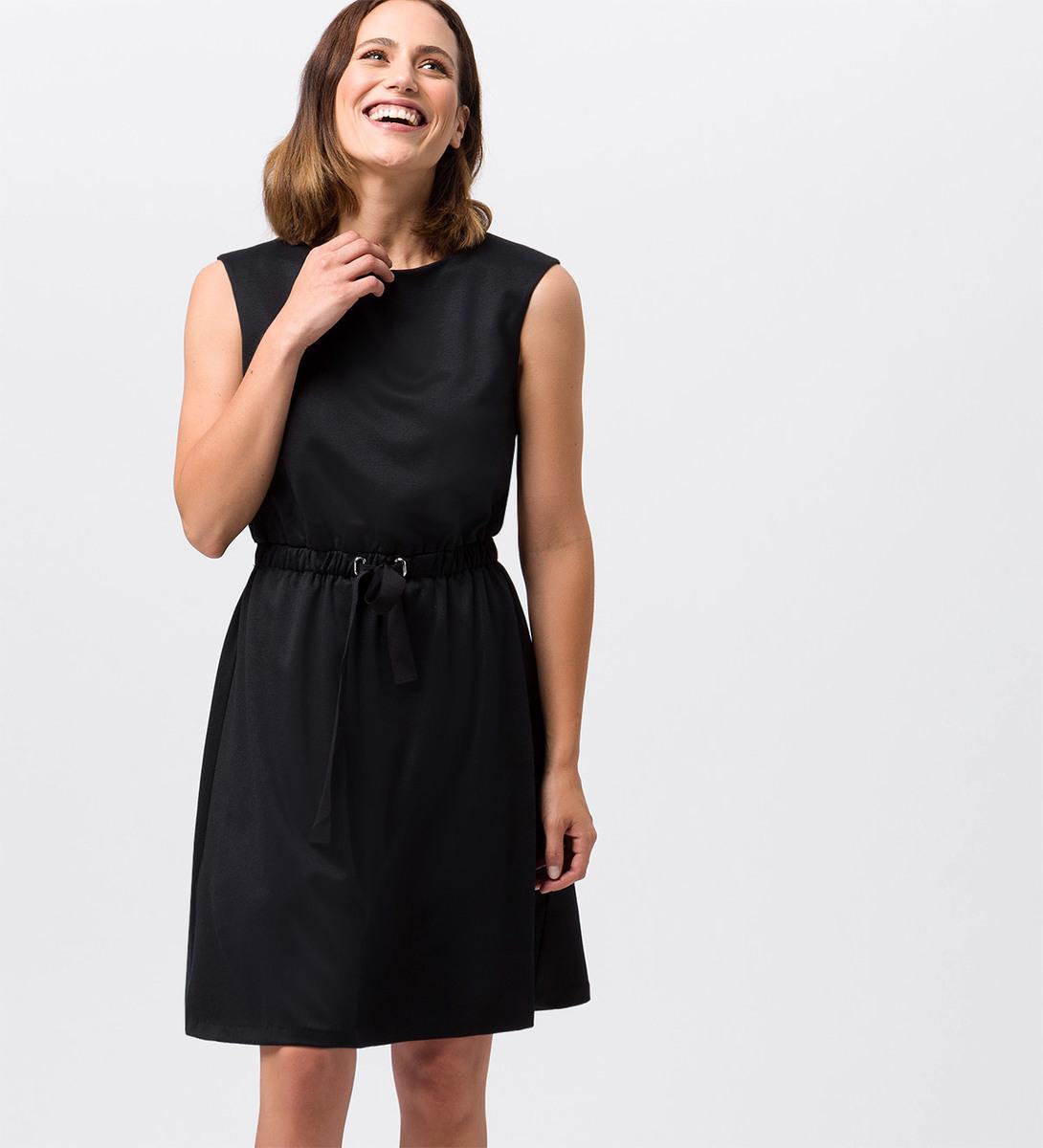 Kleid mit Taillenbund in black