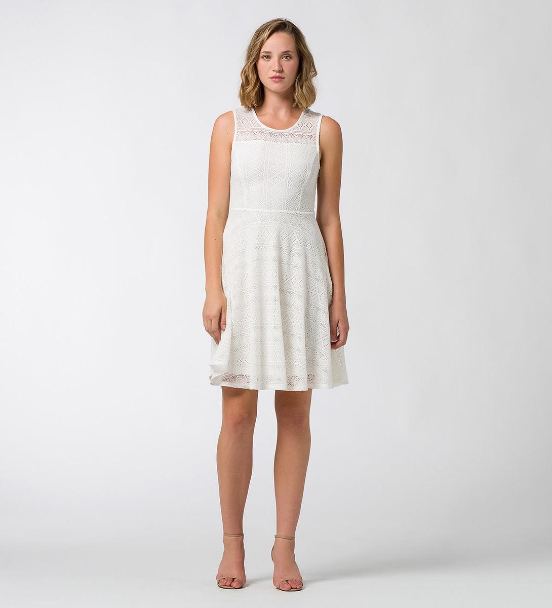 Kleid in gehäkelter Optik offwhite