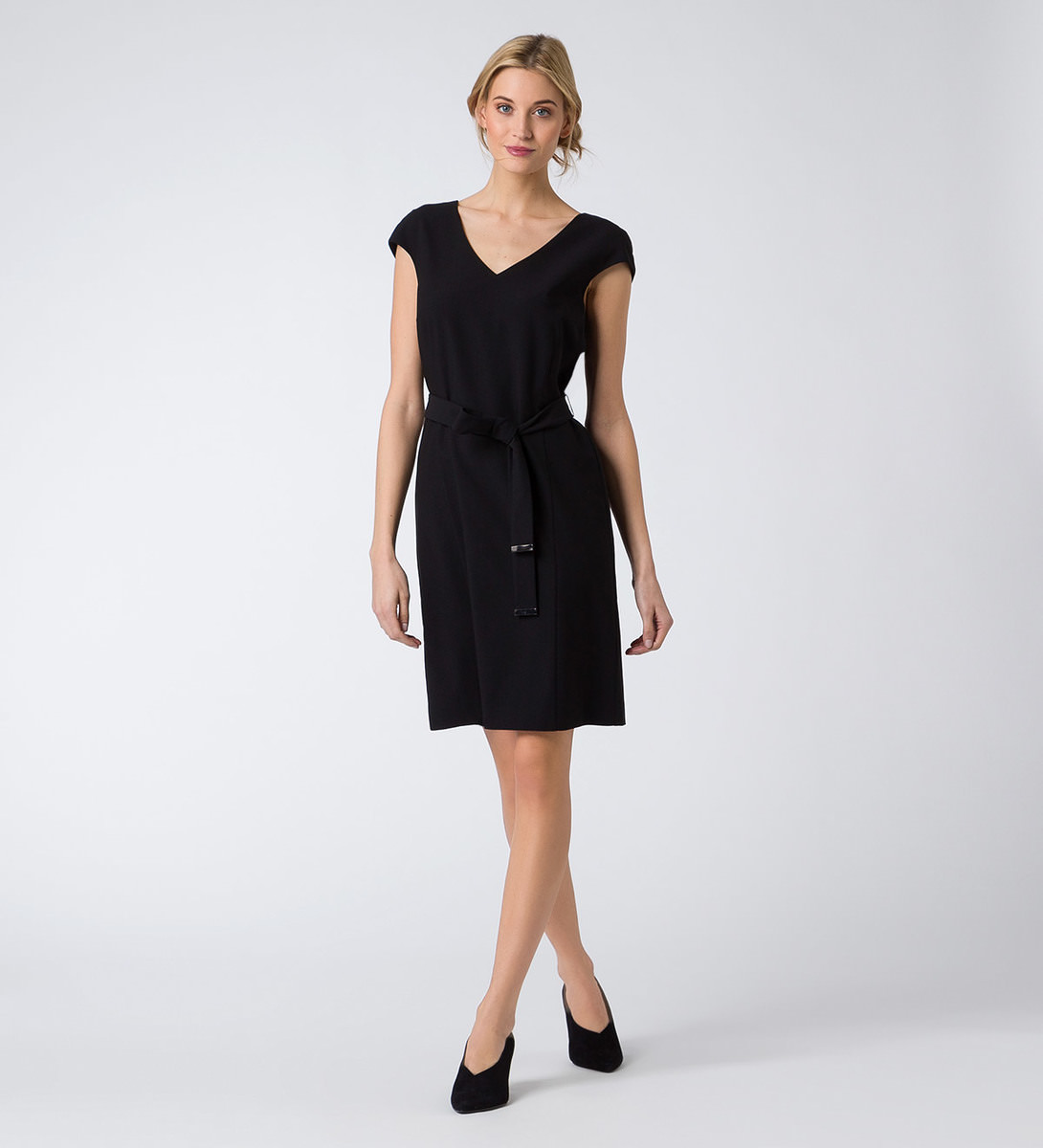 Kleid mit Bindeband in black