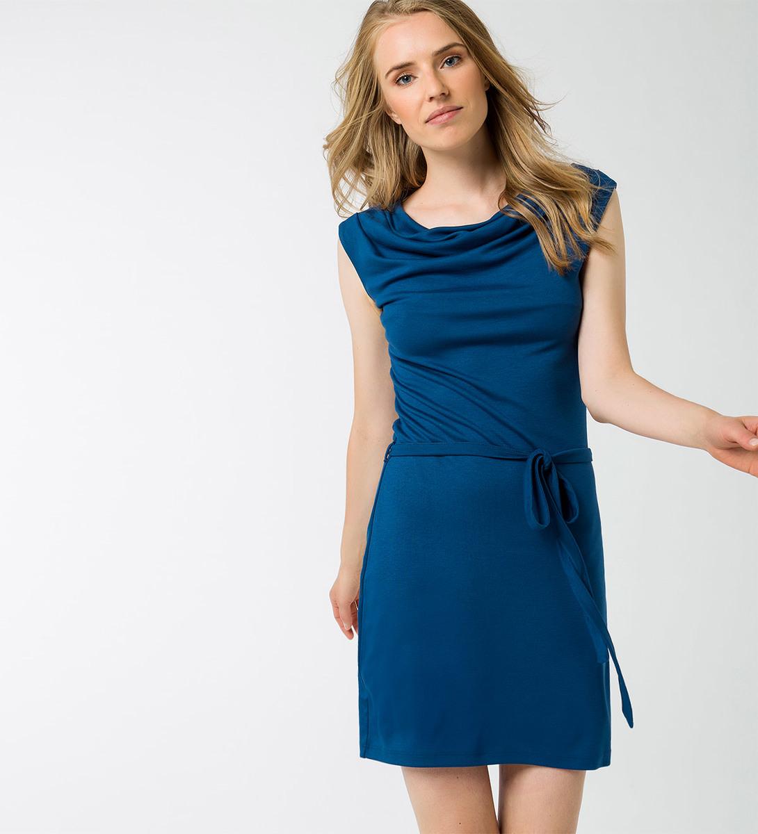 Kleid mit Wasserfallausschnitt in pacific blue