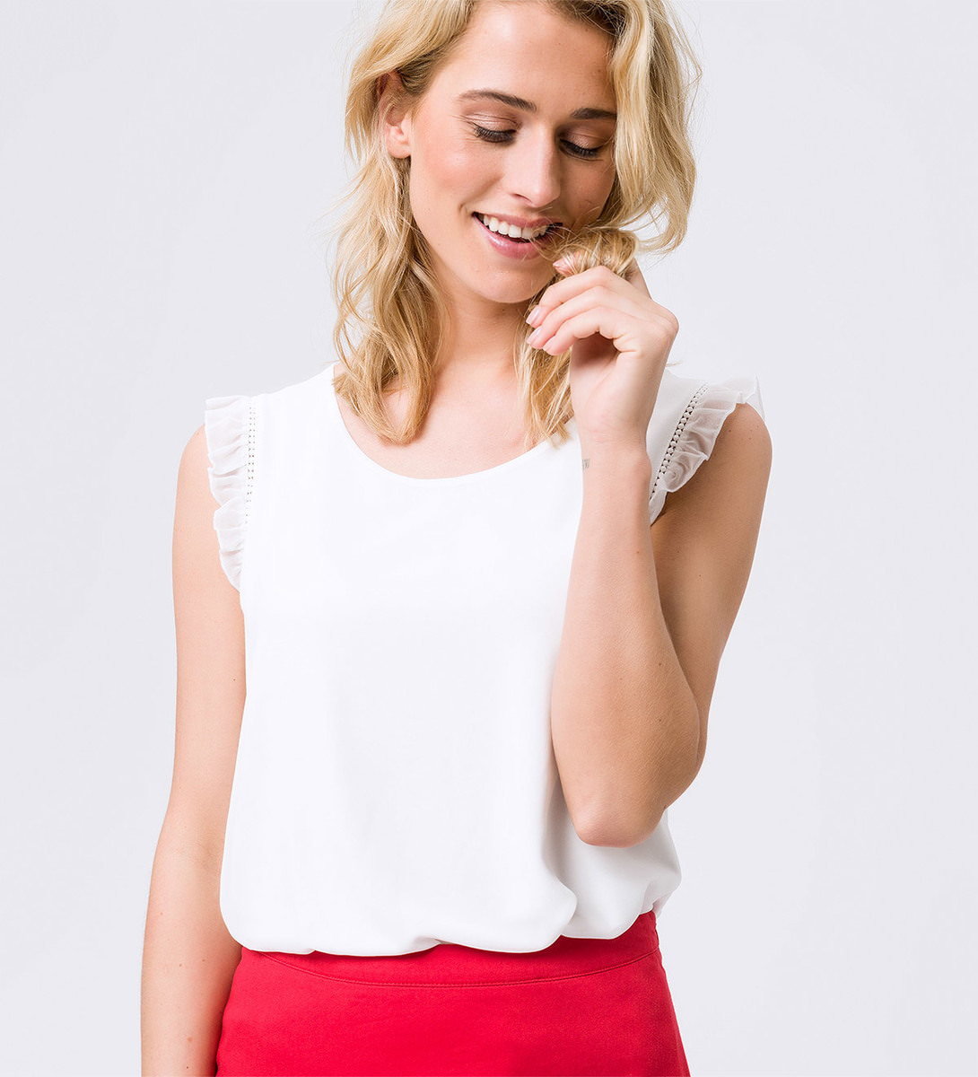 Blusenshirt im Chiffon-Look in soft white