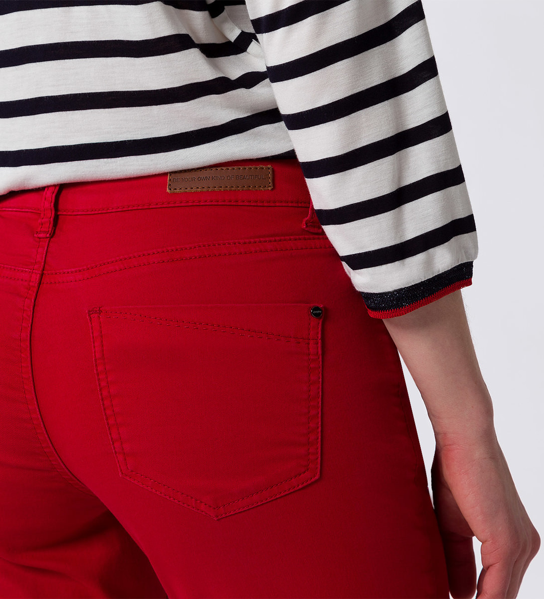Jeans Seattle 32 Inch in flame red