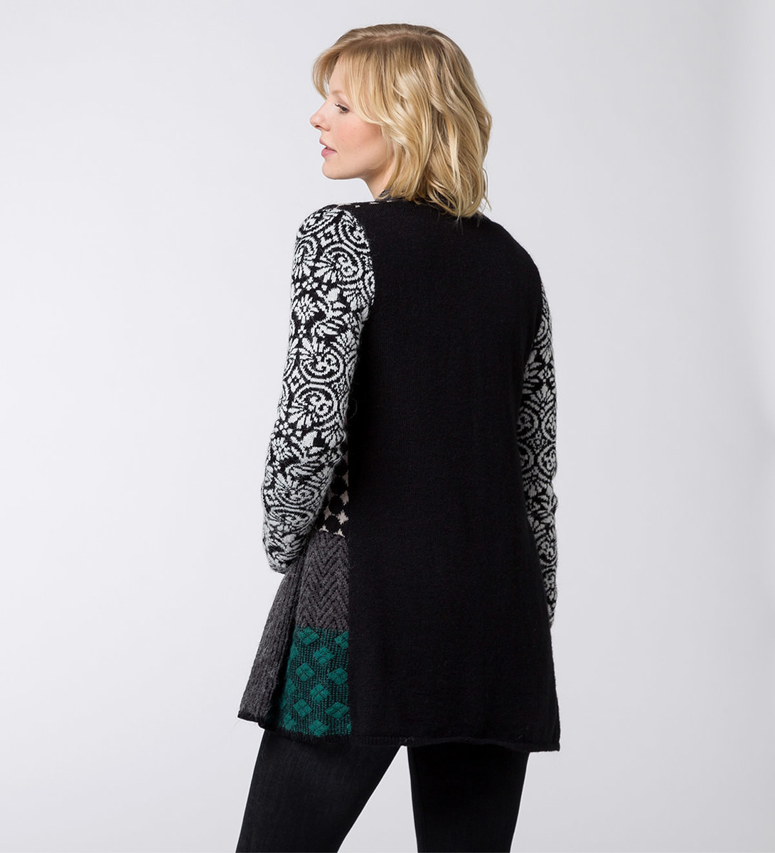 Strickjacke mit Patchwork-Muster in black